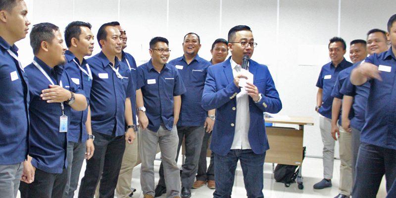 Training Marketing Head Suzuki Finance Indonesia
